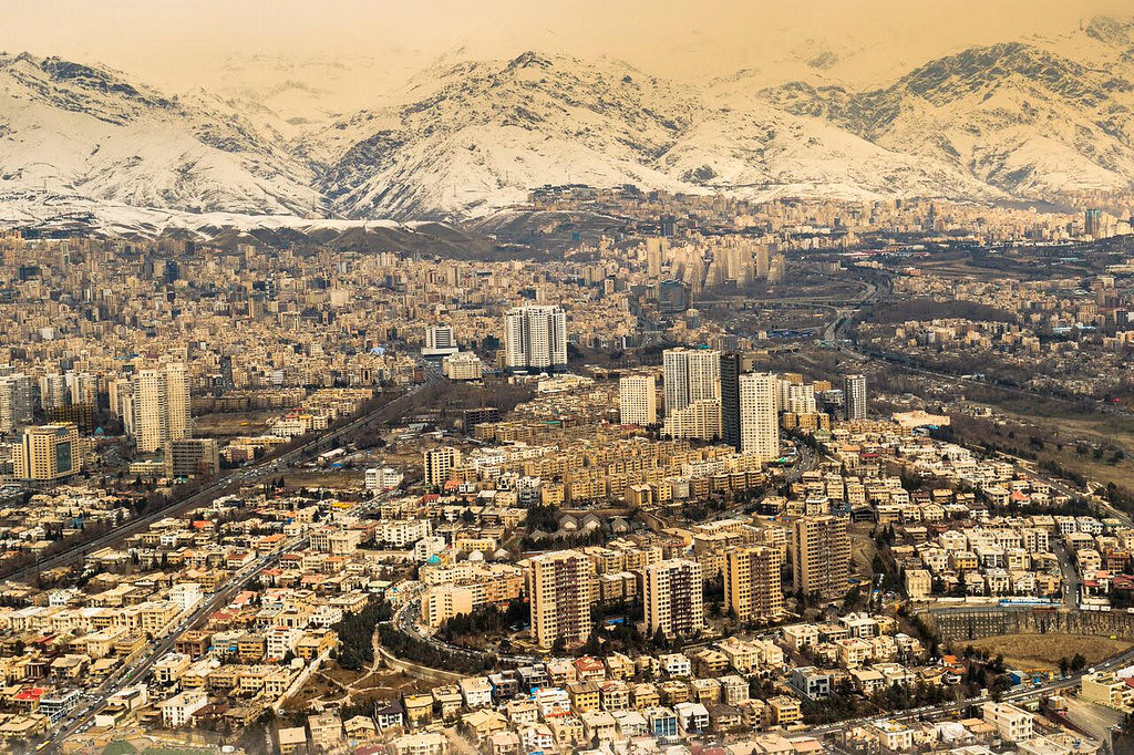 آپارتمان نشینی ایرانی