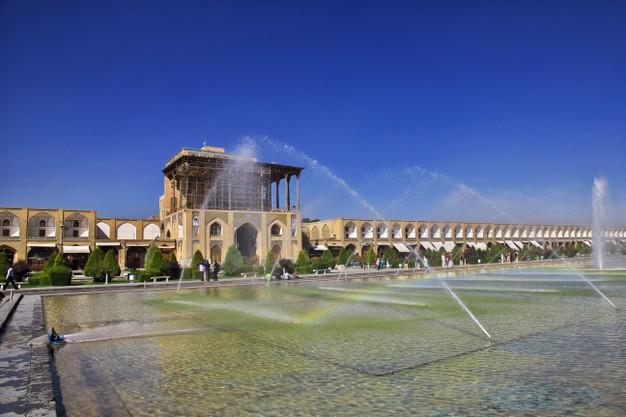 نمای ساختمان یک طبقه ایرانی ساده ، اصول معماری ایرانی